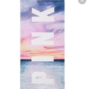 VS Pink Sunset Beach Towel🌴